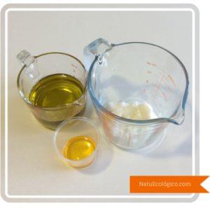 Aceite de Oliva, Aceite de Coco y Aceite de Rosa Mosqueta